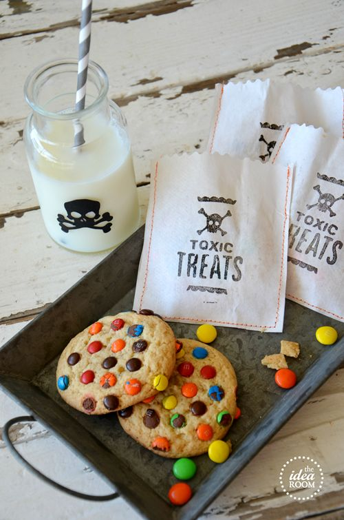 30 Delicious DIY Trick or Treat Candy Ideas