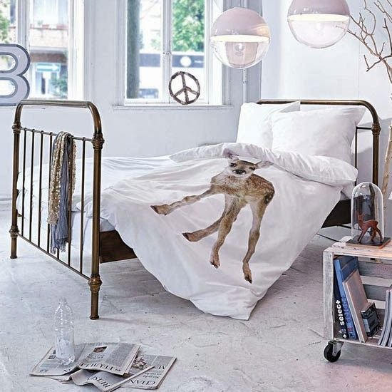 40 Vintage Iron Beds