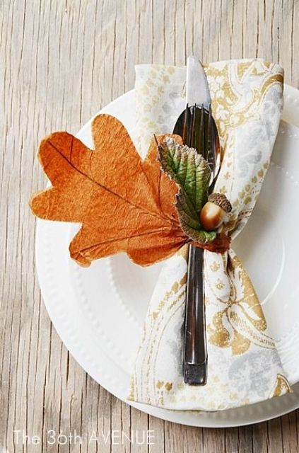 25 Adorable DIY Autumn Inspired Decoration Ideas with Leaves