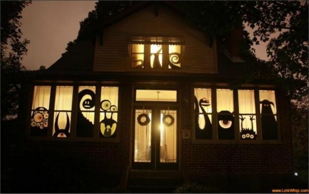 33 spoooky halloween outdoor decorations - Halloween Outdoor Decorations