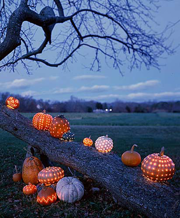 Outdoor Fall Wedding Decorations Ideas: 33 Spoooky Halloween Outdoor Decorations