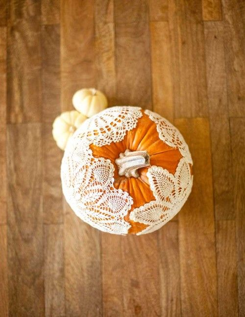 40 Inspiring DIY Lace Decorations