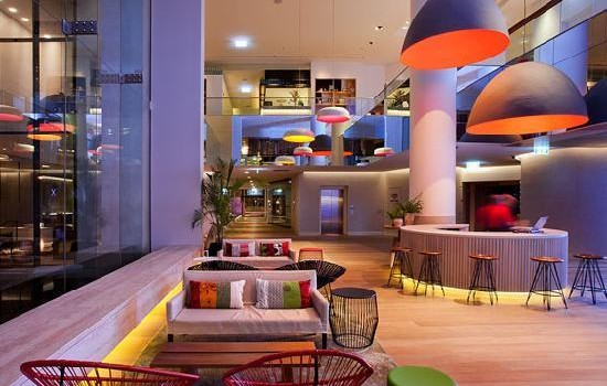 QT Gold Coast Hotel by Nic Graham – Ultra Luxury Paradise for Pleasant Stay