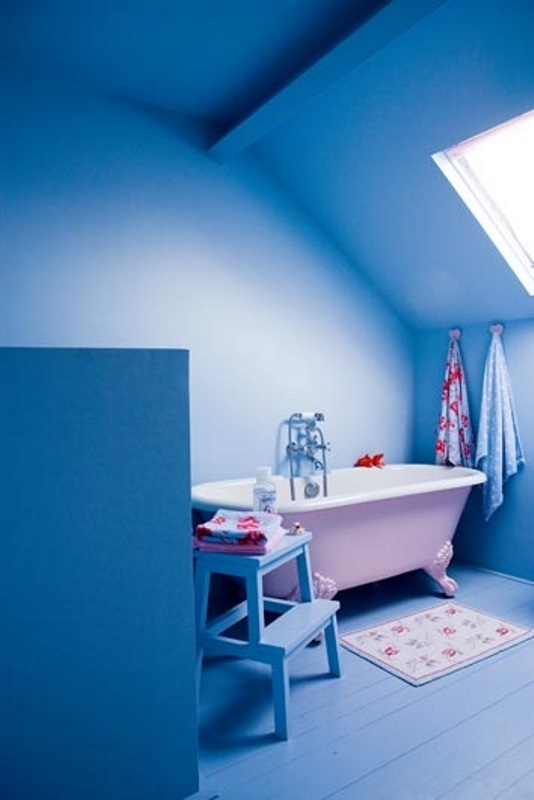 18 Cool Blue Kids Bathroom Design Ideas