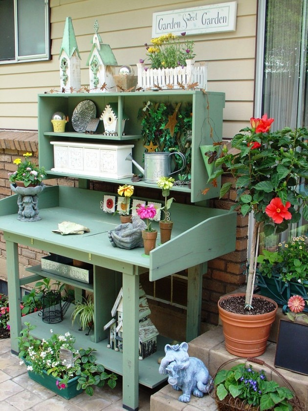 25 Cool DIY Garden Potting Table Ideas