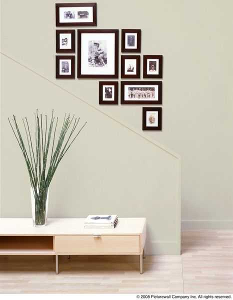 30 Amazing Picture Frame Clusters