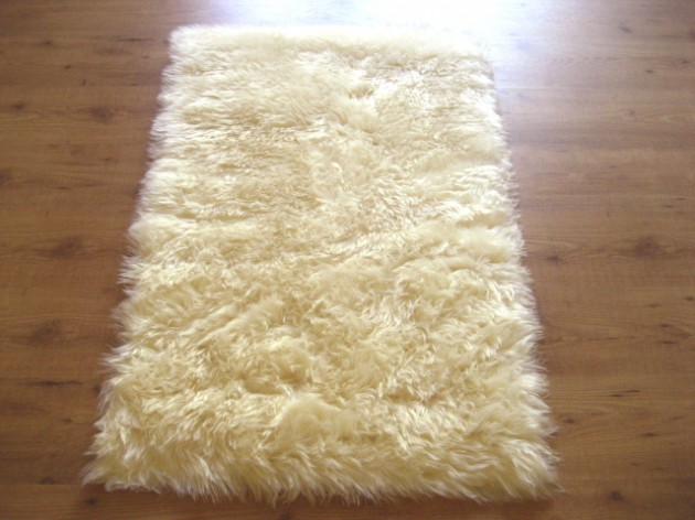 Outstanding 16 Amazingly Soft And Fluffy Rug Designs For Your Home Door Handles Collection Dhjemzonderlifede