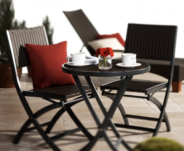 15 Stylish Outdoor Table and Chair Designs