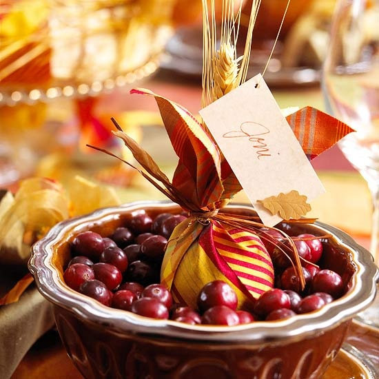 20 Lovely DIY Thanksgiving Place cards