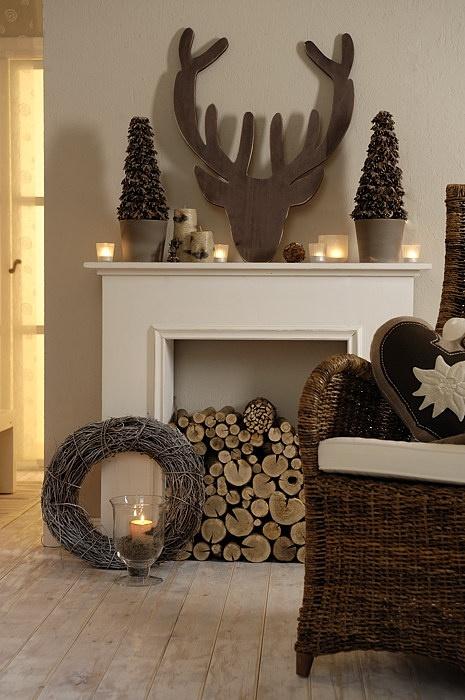 26 Amazing DIY Fireplace Mantel Christmas Makeovers