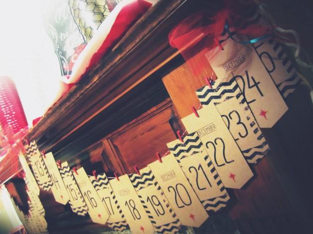 15 Creative Christmas Banner Ideas