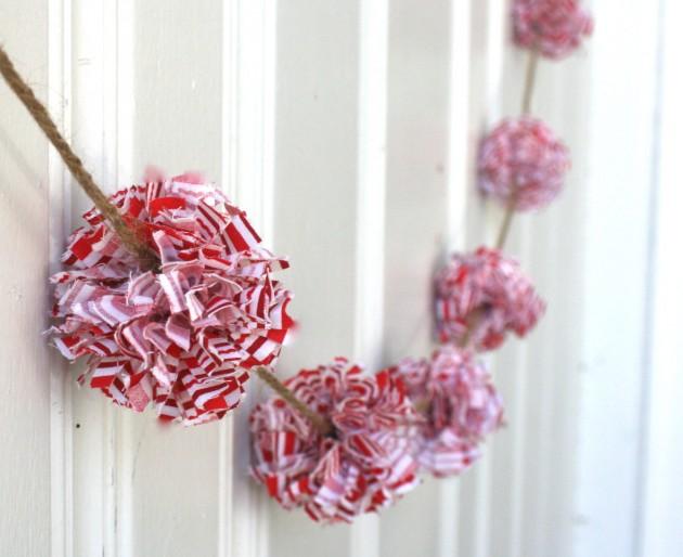 18 Creative Handmade Christmas Garland Examples