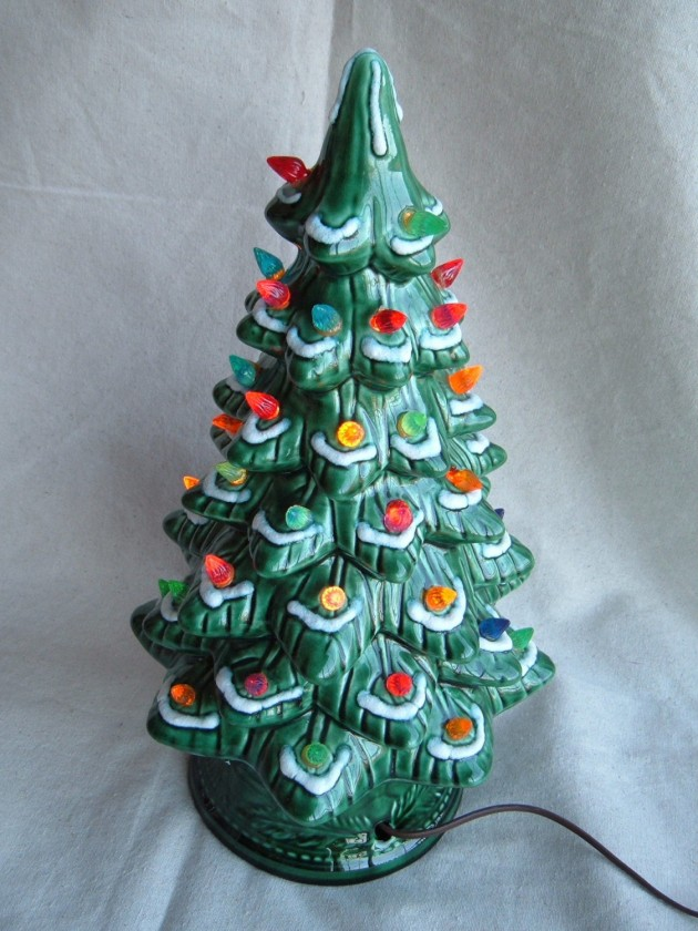 20 charming vintage christmas decorations - Ceramic Christmas Decorations