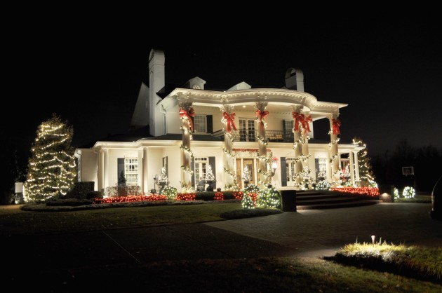 Outdoor Christmas Lighting Ideas That