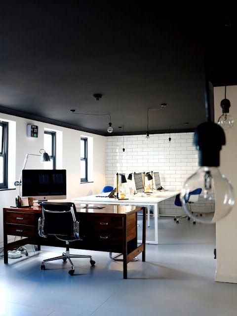 Shabby Chic Living Room: 23 Dramatic Black Ceiling Ideas