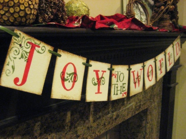 25 Creative Handmade Christmas Sign Decorations