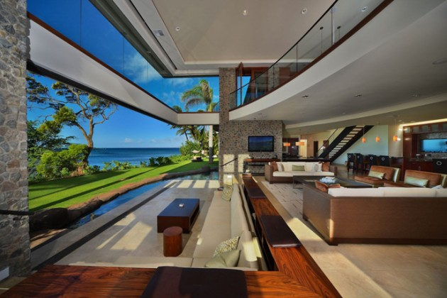 Astonishing Luxury Residence in Hawaii by Arri Lecron Architects