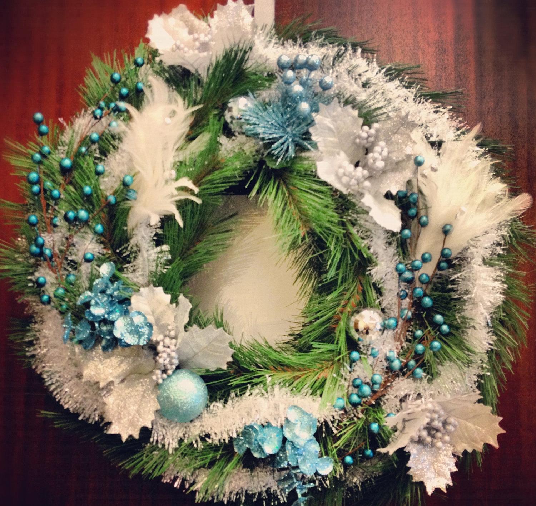 24 Whimsical Handmade Christmas Wreath Ideas 3