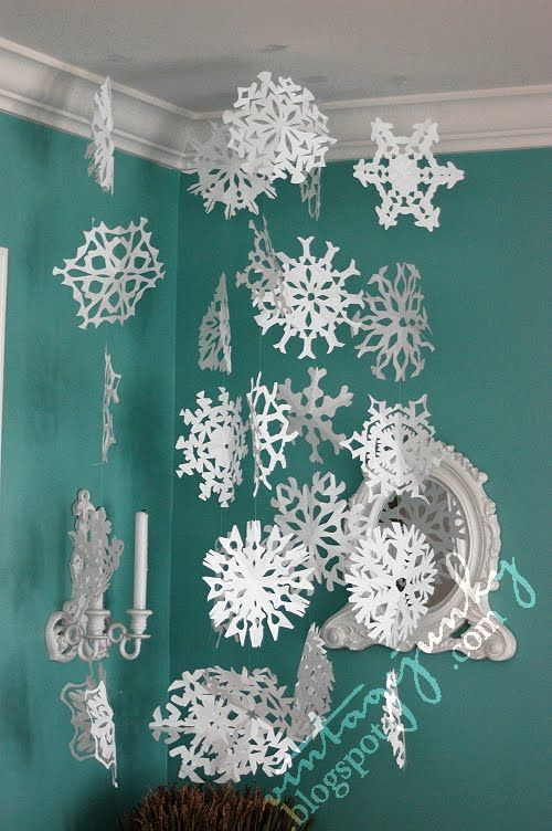 how to make tiny snowflakes