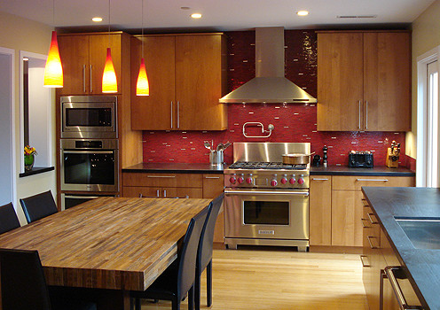 20 Red Backsplash Designs For Festive Spirit in The Kitchen
