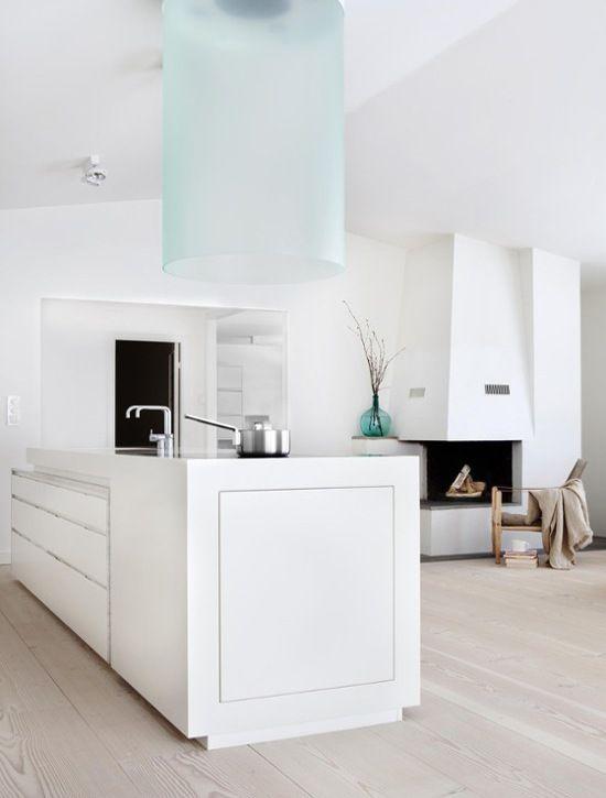 30 Inspiring White Scandinavian Kitchen Designs