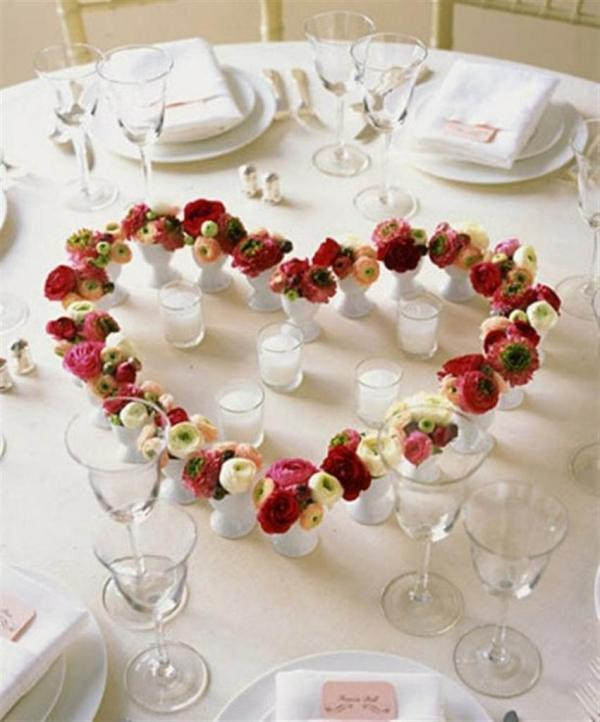 26 irreplaceable & romantic diy valentine's day table decorations Table Decorations