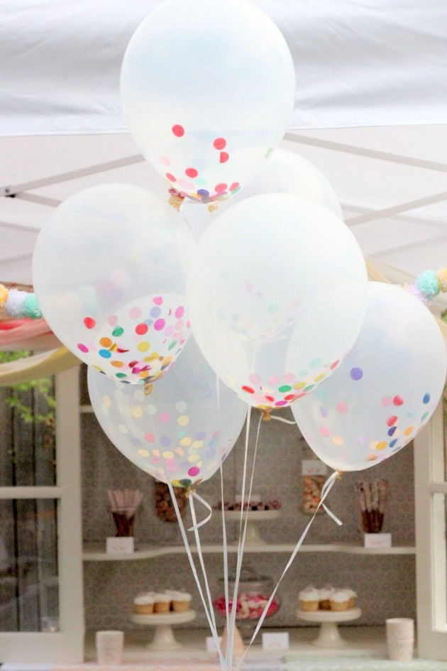 22 awesome diy balloons decorations for Balloon decoration ideas diy