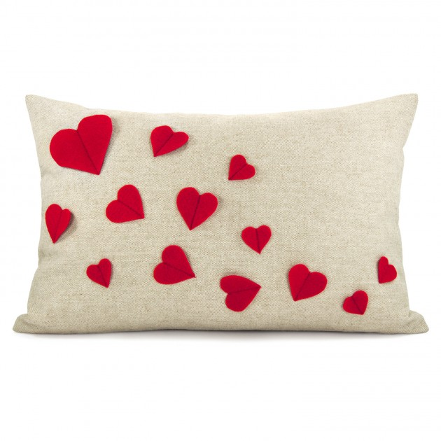 17 fascinating handmade valentine 39 s day pillow designs