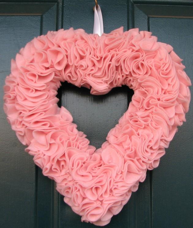 Exceptional Valentine Wreath Part - 5: 19 Outstanding Handmade Valentines Wreaths