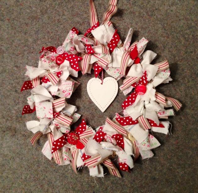 19 Outstanding Handmade Valentines Wreaths