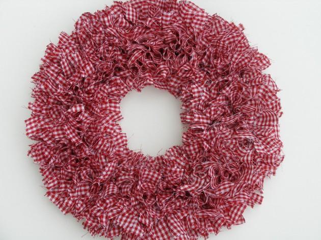 19 Outstanding Handmade Valentine\'s Wreaths