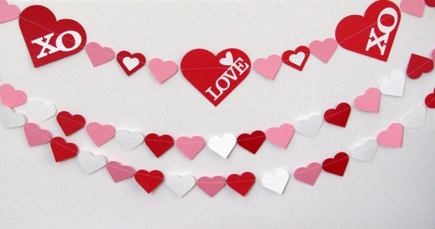 22 lovely valentines day garland designs - Valentines Designs
