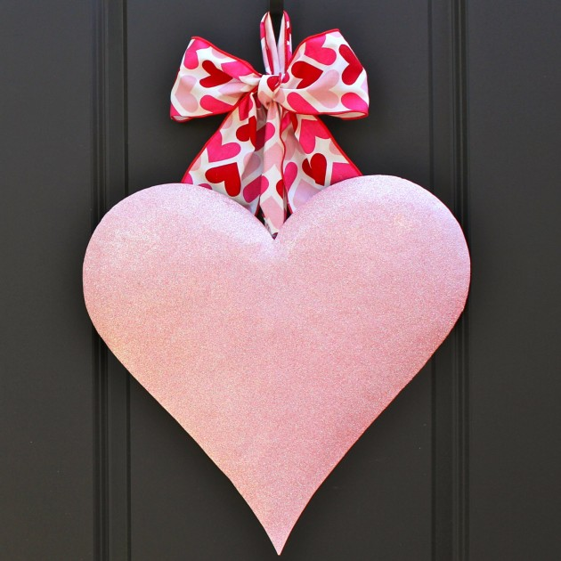 28 Lovely Handmade Valentines Wreath Designs