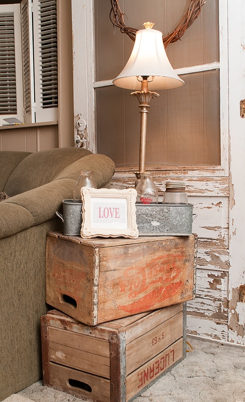 30 Splendid Ideas How to Reuse Vintage Crates