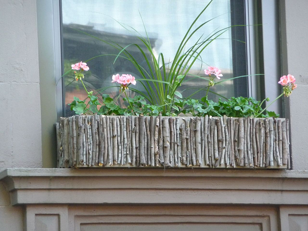 Get Ready For The Spring 20 Charming Diy Window Boxes Ideas