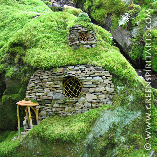 Magical Fairy Garden Designs: 30 Magical Fairy Gardens