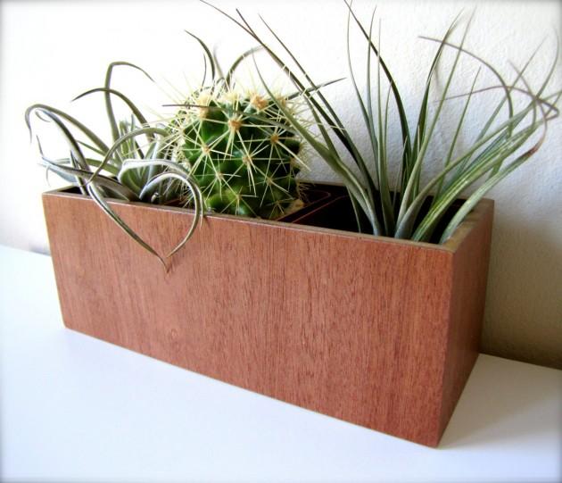 16 Minimalistic Handmade Wooden Planter Designs (7)