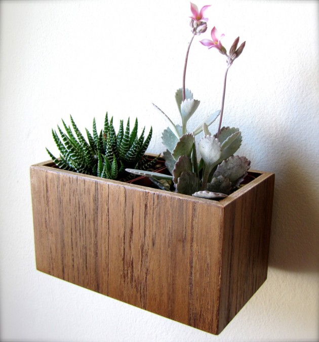 16 Minimalistic Handmade Wooden Planter Designs (9)