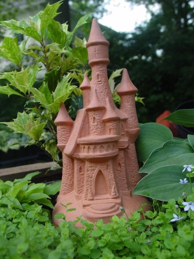 16 Wonderful Fairy Tale Miniature Garden Decorations