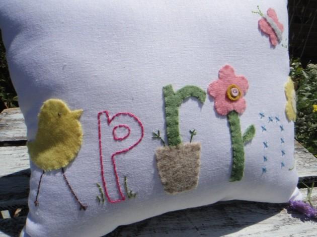 17 Refreshing Handmade Spring Pillow Ideas & Refreshing Handmade Spring Pillow Ideas pillowsntoast.com