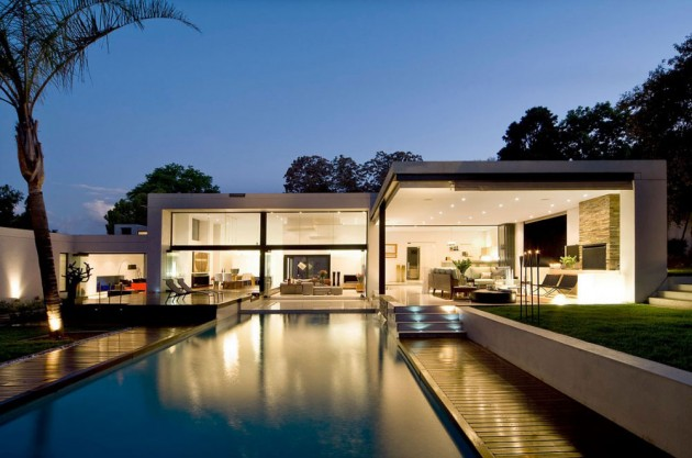 Moss Oaklands Residence in Cape Town, South Africa