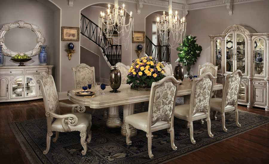 19 magnificent design ideas of classy traditional dining rooms for Fancy dining room sets