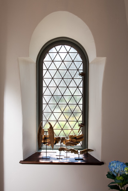 19 unusual fancy windows shape designs