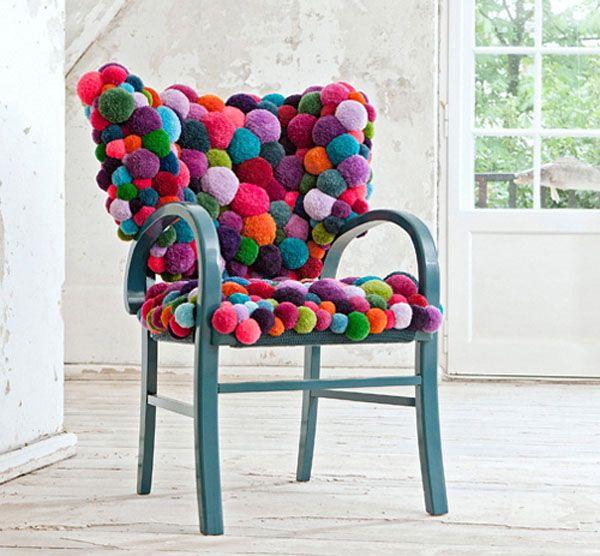30 Adorable DIY Pom-Pom Decorations