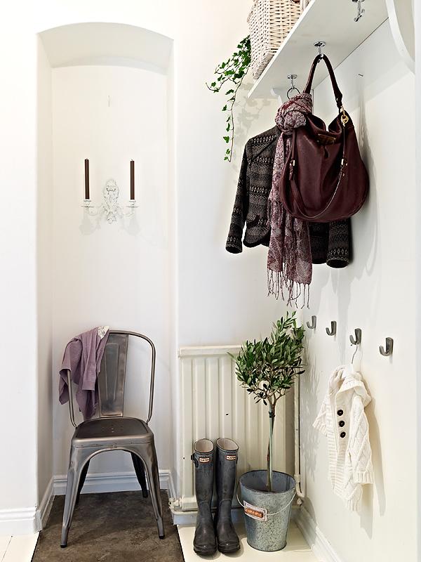 30 Magnificent Vintage Hallway Designs