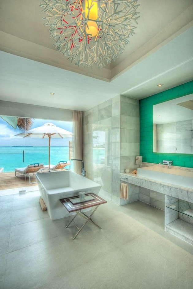 30 Dream Bathrooms with Breathtaking Views