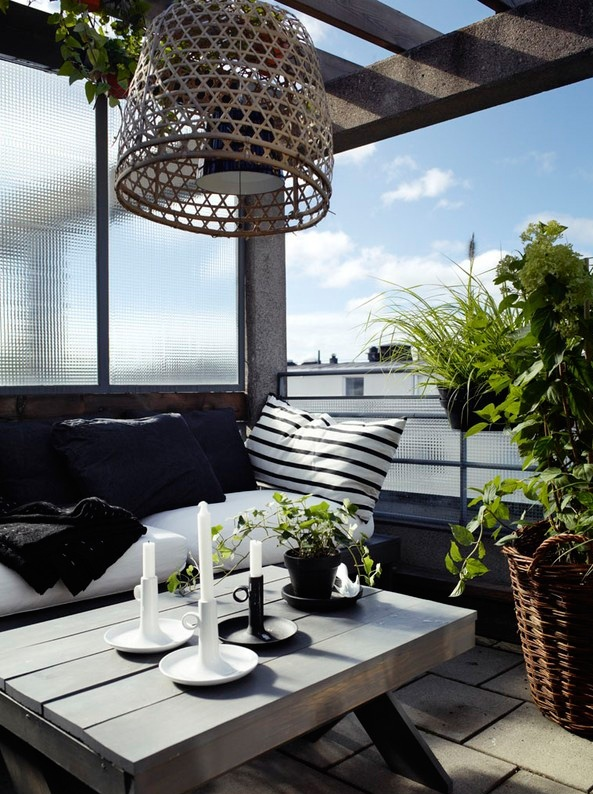 21 Lovely Functional Small Terrace Design Ideas