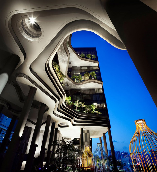 Hotel Parkroyal, Singapore- Astonishing Construction Which Delights