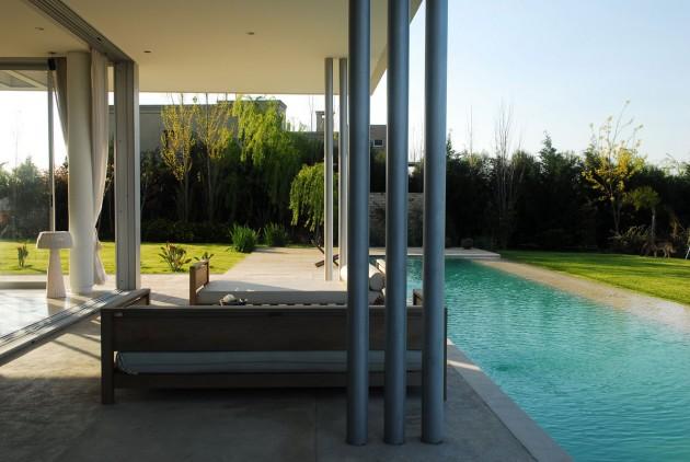 Exquisite Agua House in Buenos Aires, Argentina