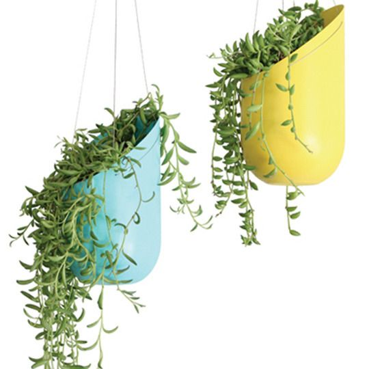 25 Lovely DIY Hanging Planters